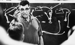 Vince-Lombardi-Teaches-St-007